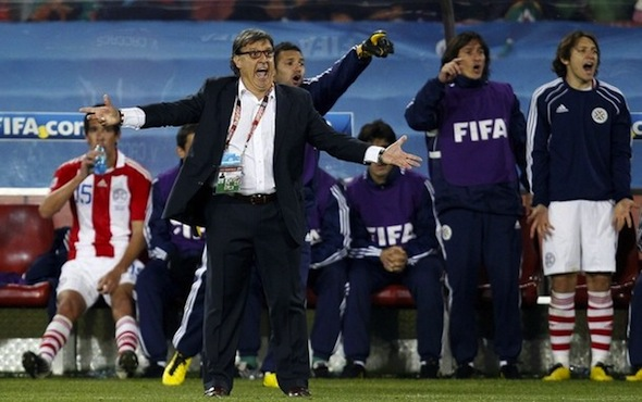 Paraguay manager wants FIFA apology for goal and penalty