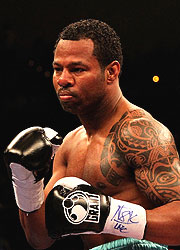 Shane Mosley hasn't inspired in his last three fights. (Getty Images)