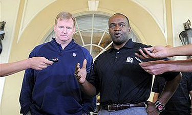 NFL labor developments reminiscent of '06 talks