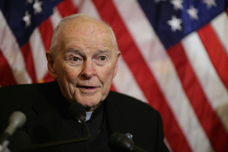 Defrocked US cardinal gave money to top clerics: report