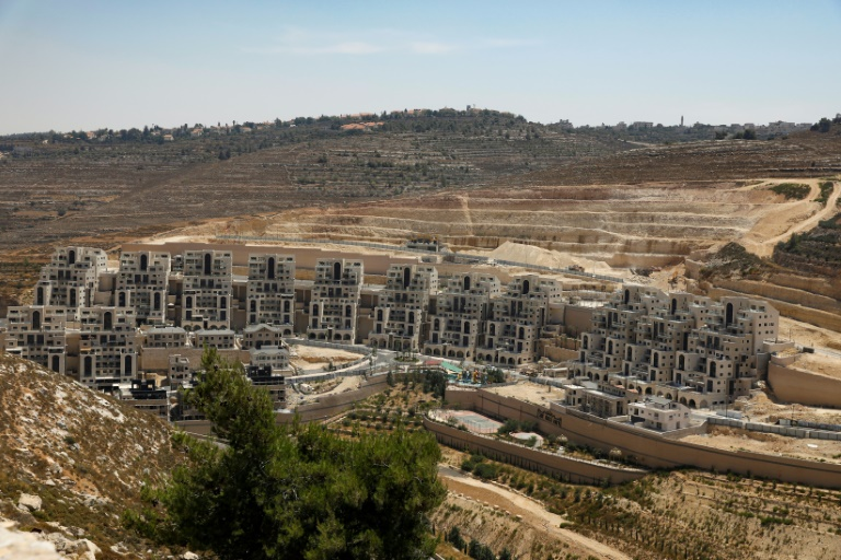 Netanyahu orders news settler homes at fatal attack site