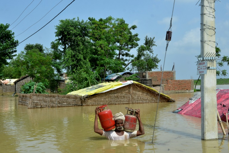 Nobody cares about us: Hunger and despair for India flood victims
