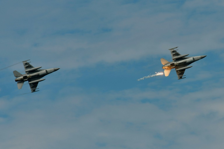 China threatens sanctions on US firms linked to Taiwan warplanes sale