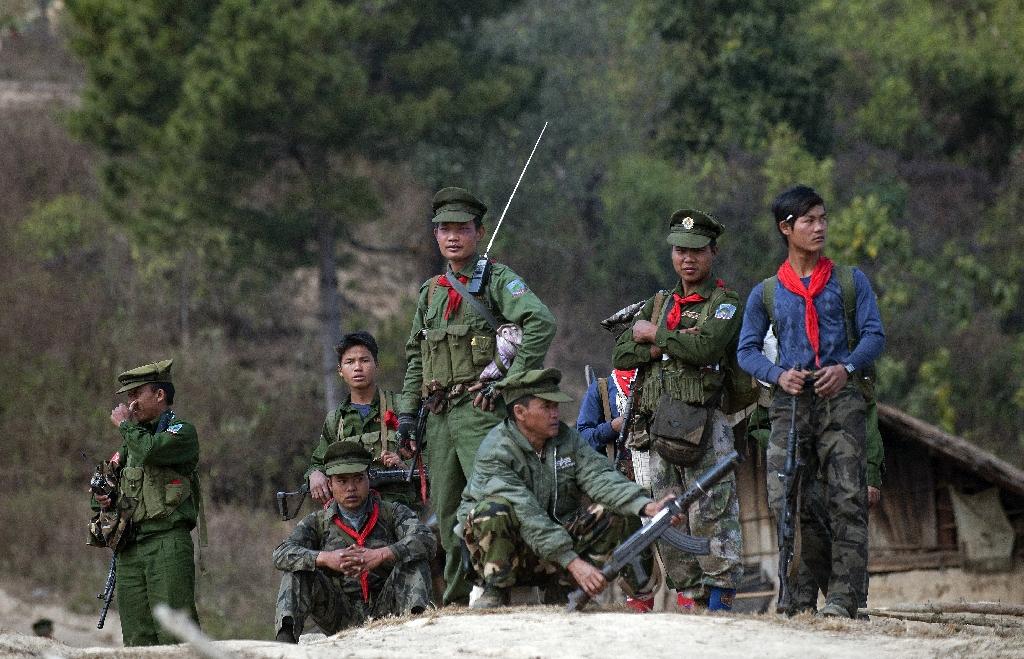 Fresh violence overshadows Myanmar peace talks
