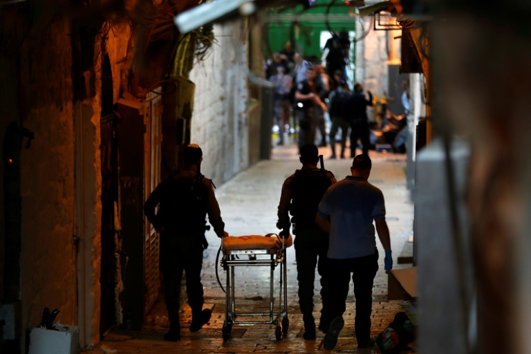 2 Palestinians in knife attack on Israel police, one shot dead: officials