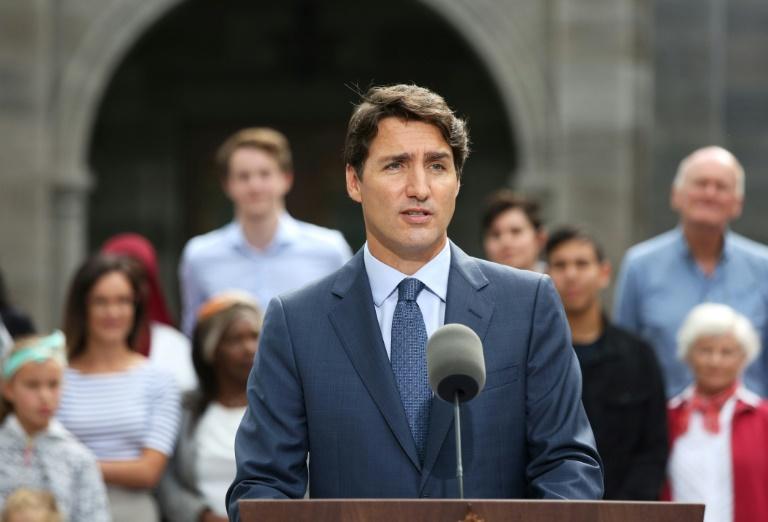 Polling suggests little blowback over Trudeau blackface