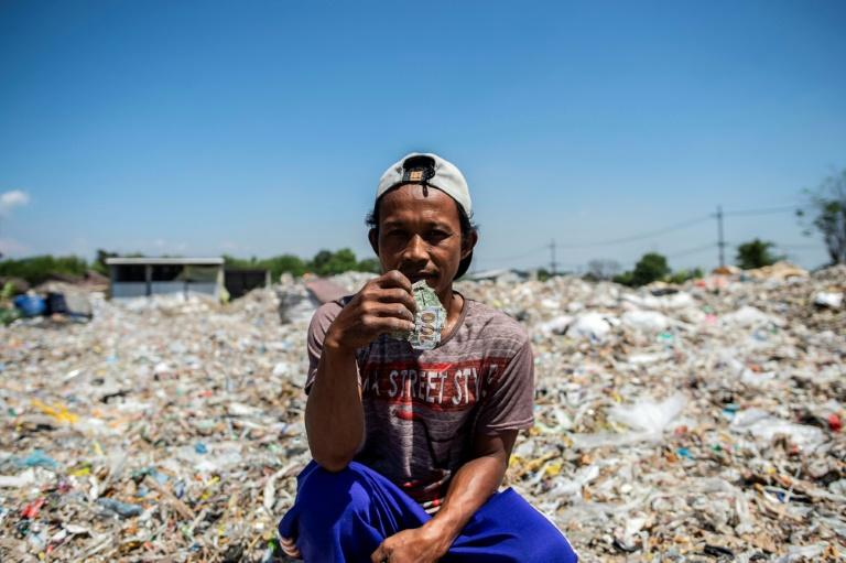 Foreign trash like treasure in Indonesias plastics village