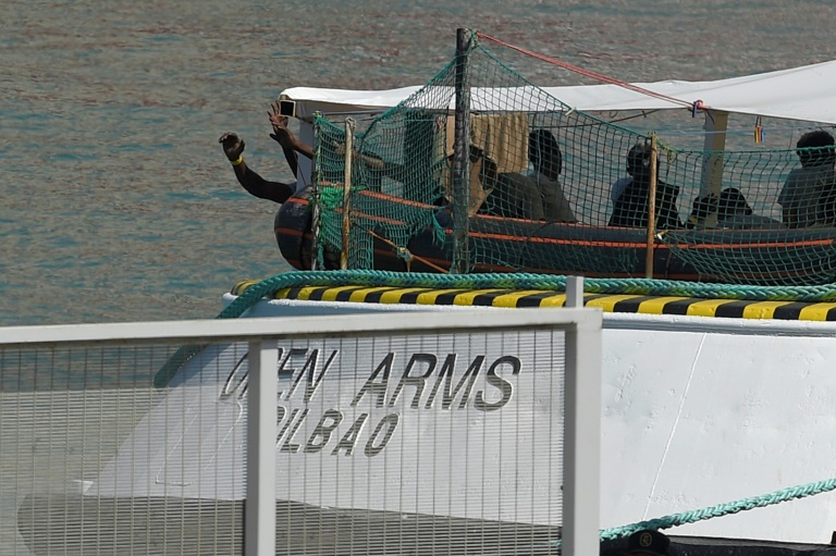 Spain rails against Salvinis refusal to accept rescued migrants