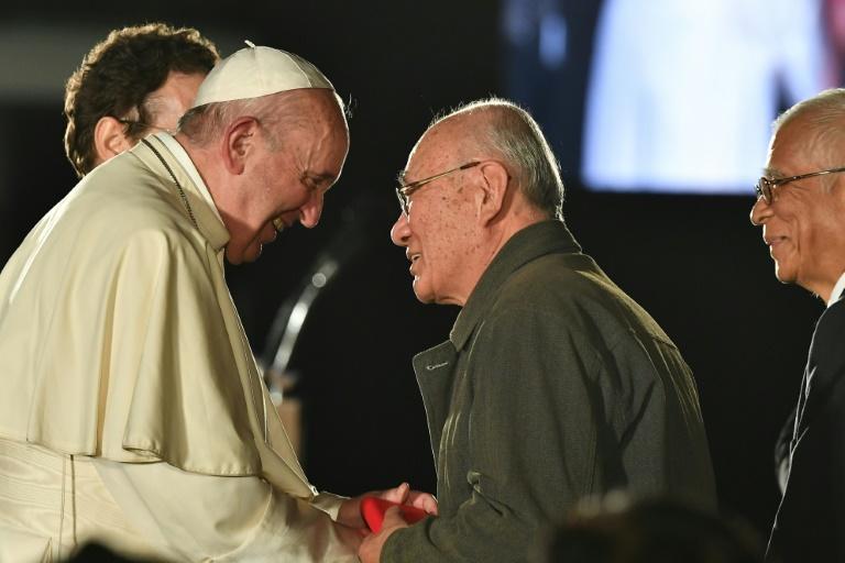 Hiroshima survivors tell pope of attack hell