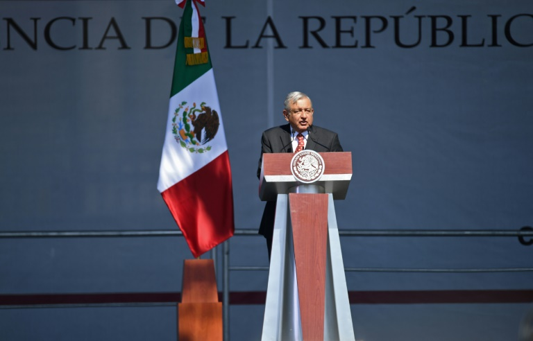 Mexico offers 4,000 jobs to new migrant caravan