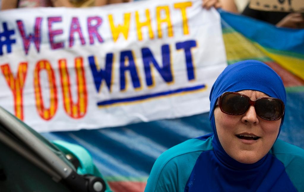 UN hails suspension of France's burkini ban, slams 'stigmatisation'