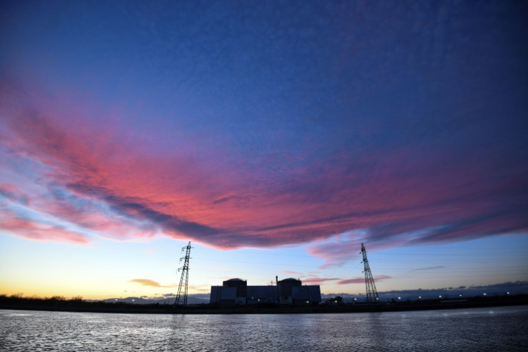 France pulls plug on countrys oldest nuclear plant