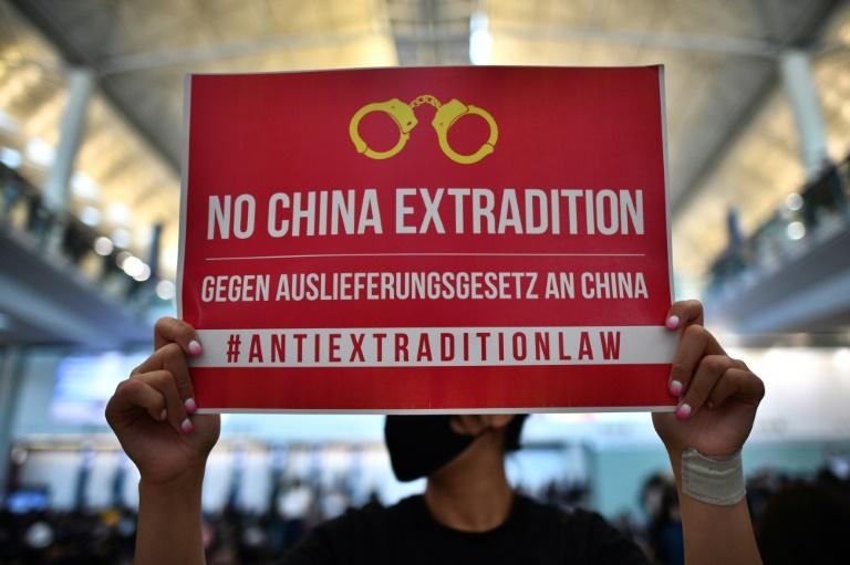 Hong Kong protesters kick off three-day airport rally