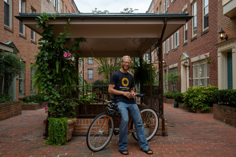 Solar panels, vegan diets, no flights: meet Americas climate revolutionaries