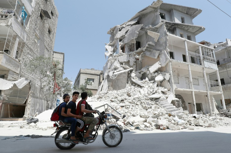 Air strikes stop in Syrias Idlib after truce announced