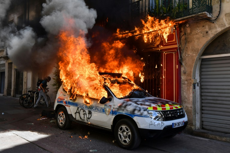Clashes as yellow vest protesters revive protests across France