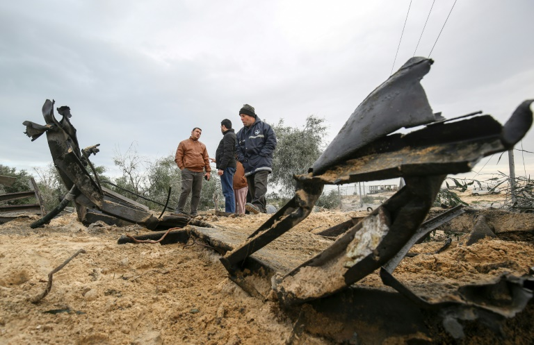 Israeli warplanes hit Hamas in Gaza after border fire
