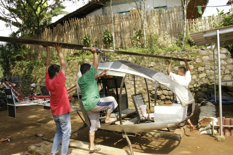 Homemade helicopter puts fresh spin on Indonesia traffic woes