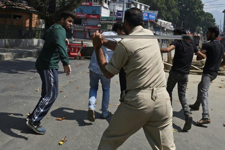 India tightens Kashmir lockdown over Muslim processions