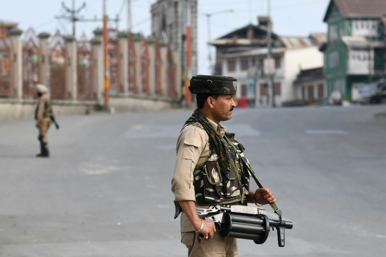 Modis high-stakes gamble with Kashmir