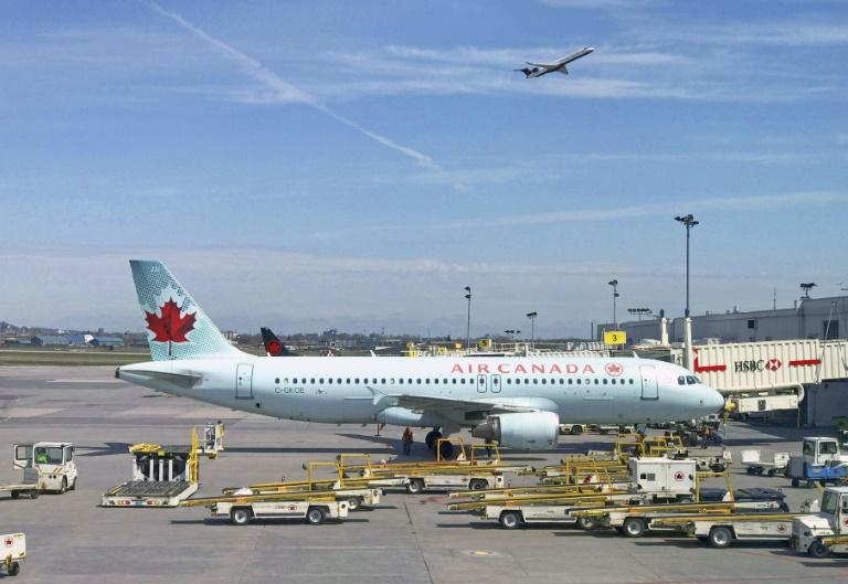 Air Canada flight makes emergency landing in Hawaii