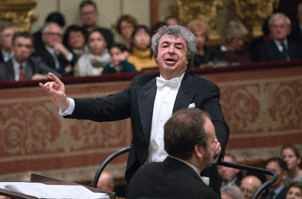 After life performing Tchaikovsky, conductor keeps discovering