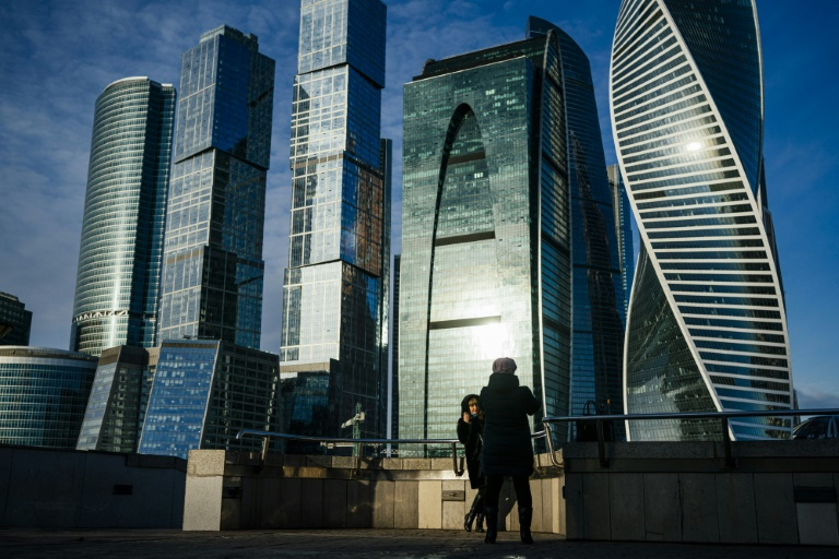 Moscow wonders where winter has gone
