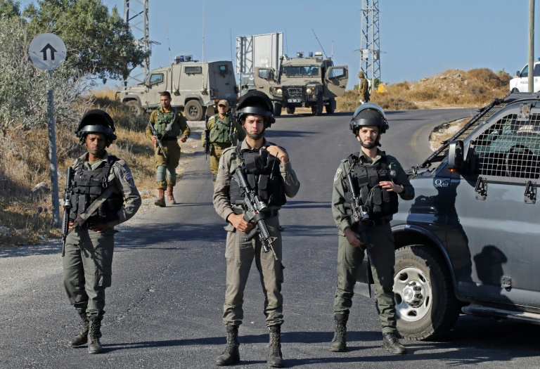 Manhunt after Israeli off-duty soldier killed in West Bank