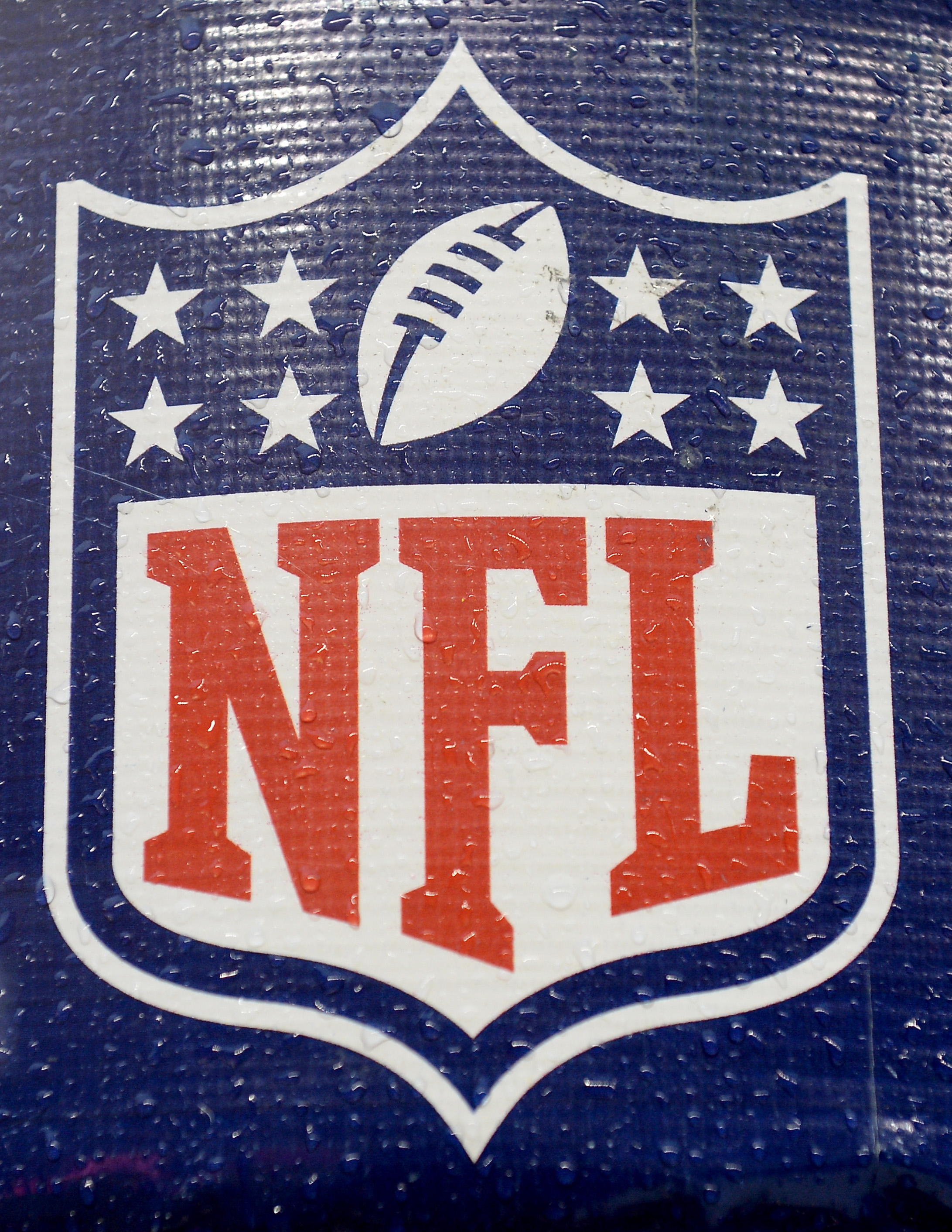 NFL kicks off YouTube global game channel