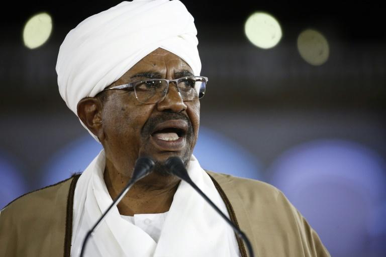 Sudans Bashir, veteran strongman turned inmate