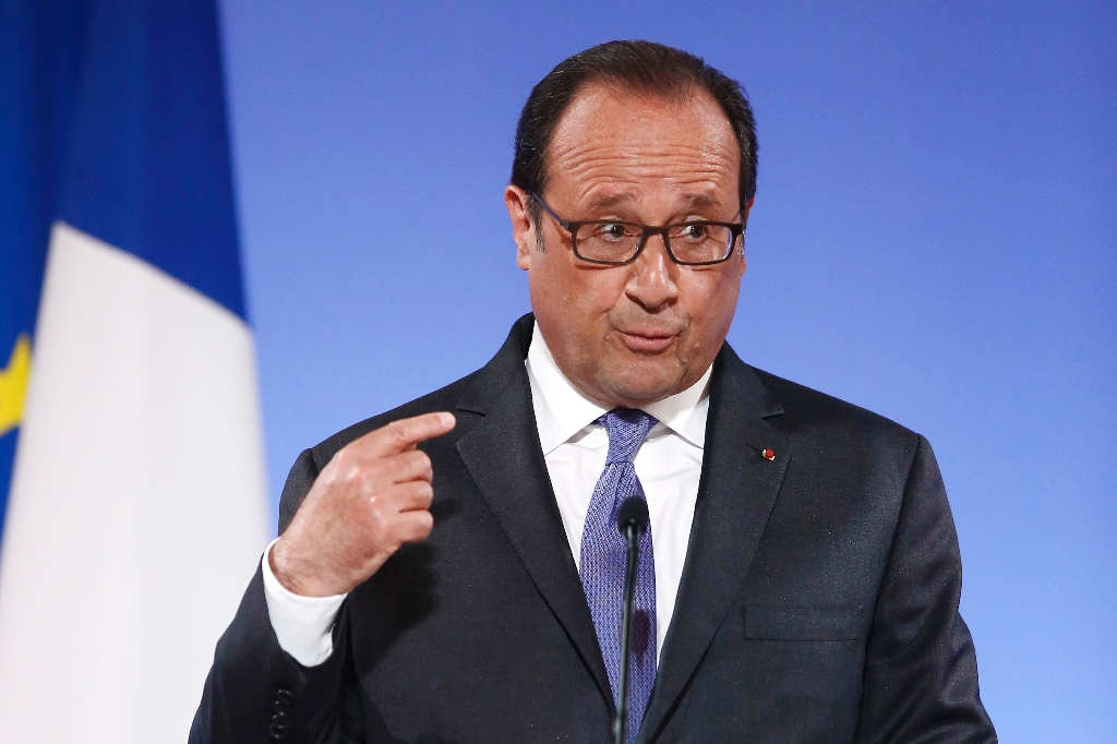 France rules out imminent EU-US trade deal, wants talks halted