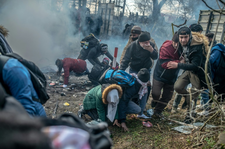 Turkey raises migrant pressure on Europe over Syria conflict