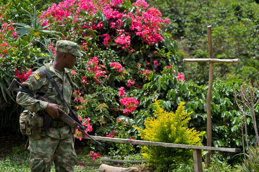 Colombia eyes new front in peace talks