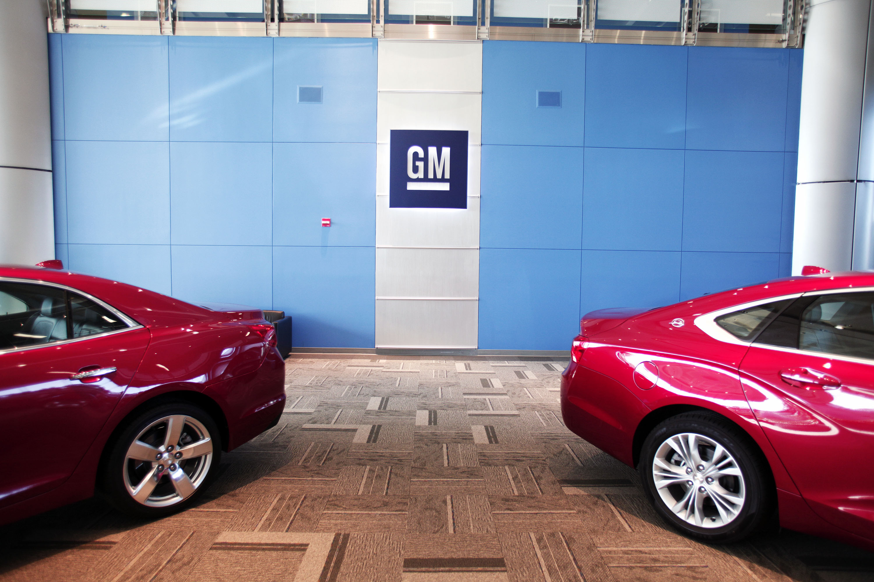 Of the United States' top automakers, General Motors missed expectations, but said sales increased 0.2 percent thanks to gains in its sport utility vehicles