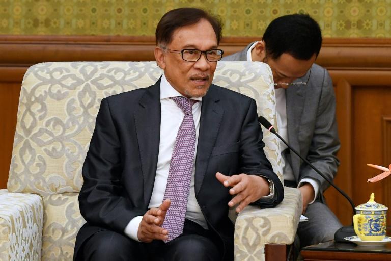 Malaysia in turmoil as Anwar denounces bid to bring down govt