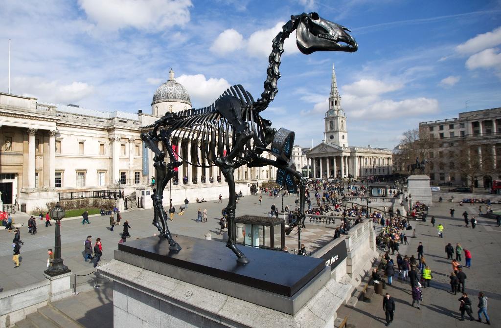 Horse skeleton chases blue cock from Trafalgar Square