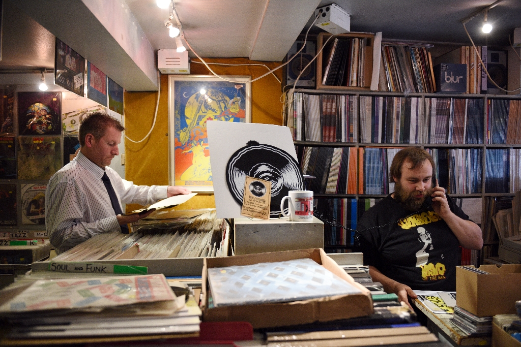 Big turnout on Record Store Day shows rebirth of vinyl