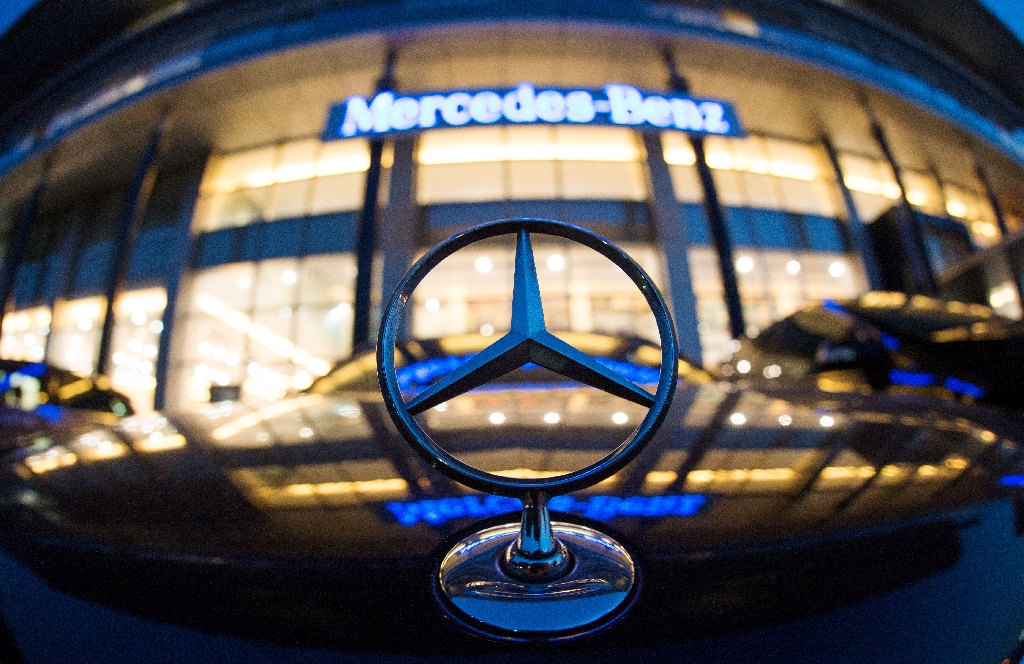 A Mercedes symbol is pictured in front of the Mercedes-Benz's Shanghai office on August 5, 2014