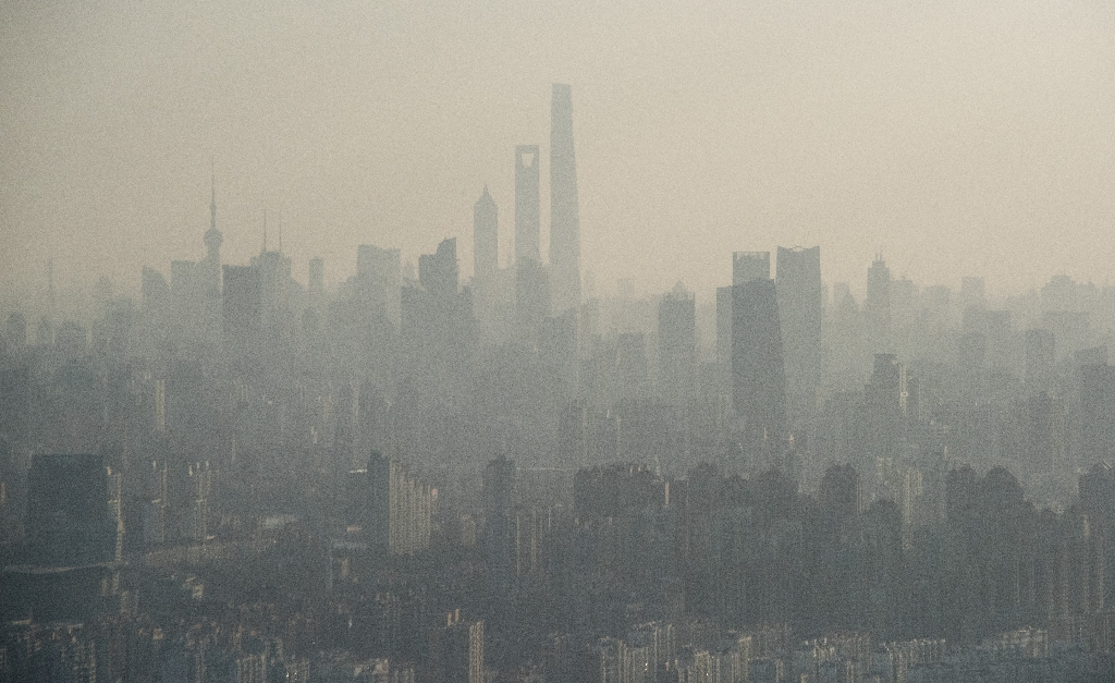 Smog film goes viral in China with 155 mn views