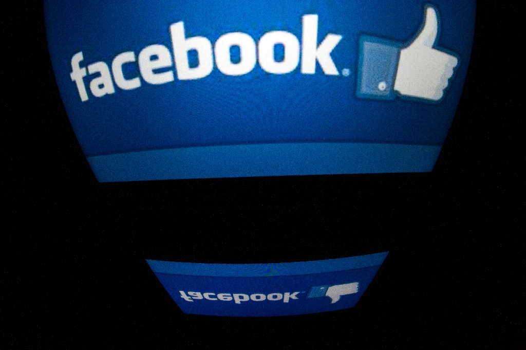 Facebook says government data queries up 13 percent