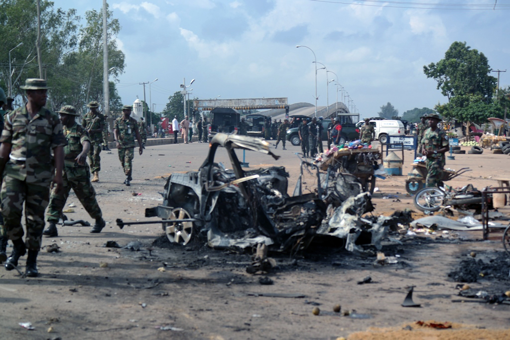 Blasts kill 82 in Nigeria