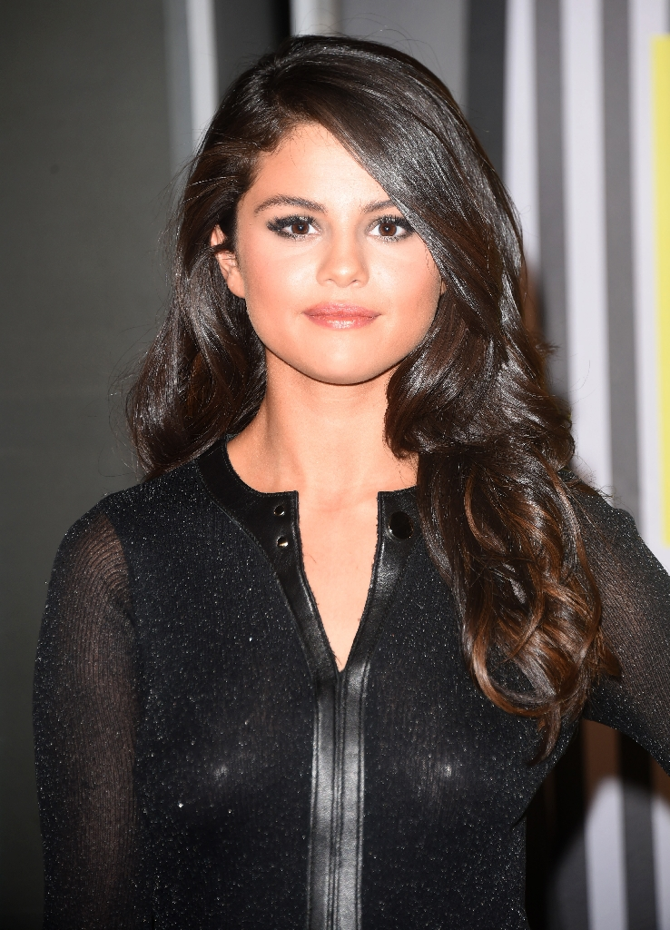 Selena Gomez reveals secret chemotherapy for lupus