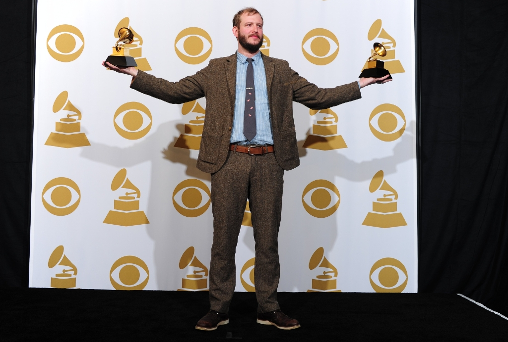 Bon Iver frontman to curate new festival