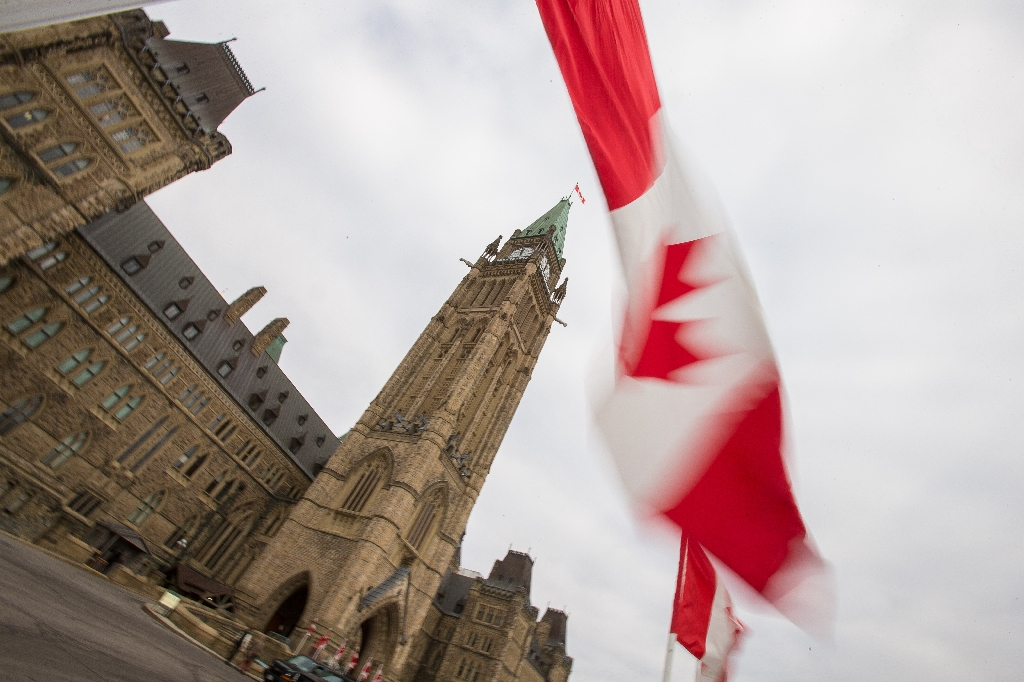 Canada parliament votes to take in Yazidi refugees