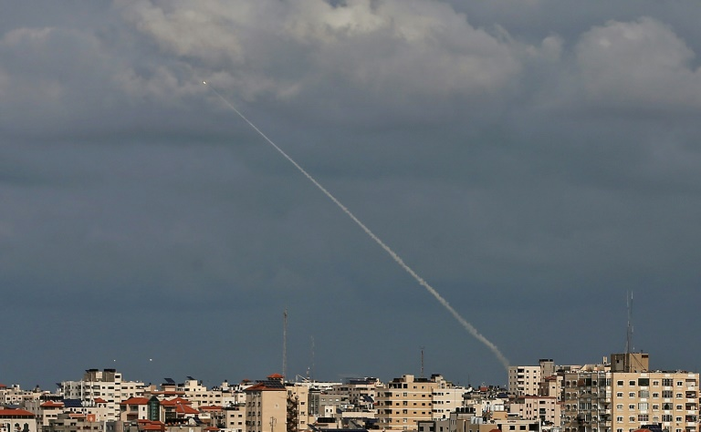 Israel, Islamic Jihad exchange fire for second day