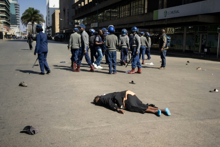 Zimbabwe journalists suffer as regime tightens grip