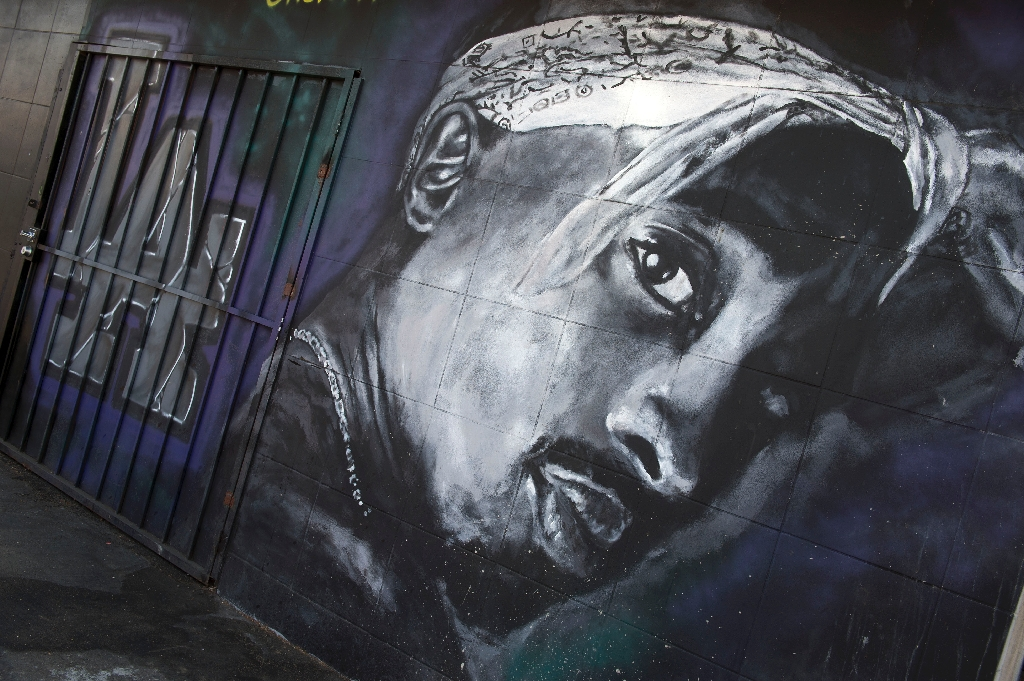 Long-awaited Tupac biopic set for 2017 release