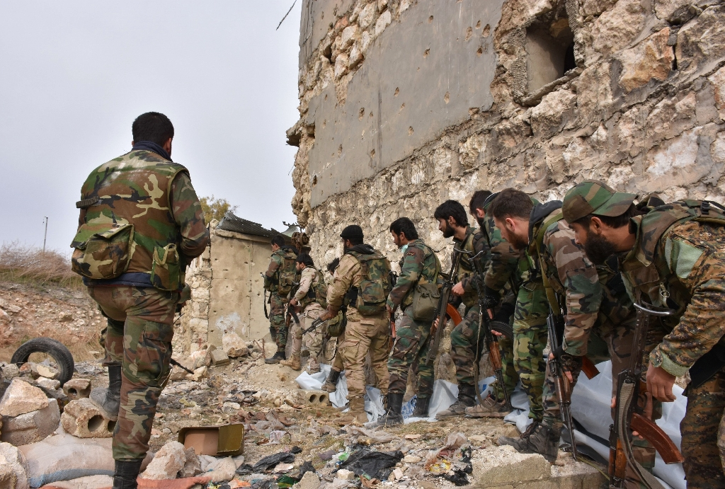 Syria army closes in on key Aleppo district