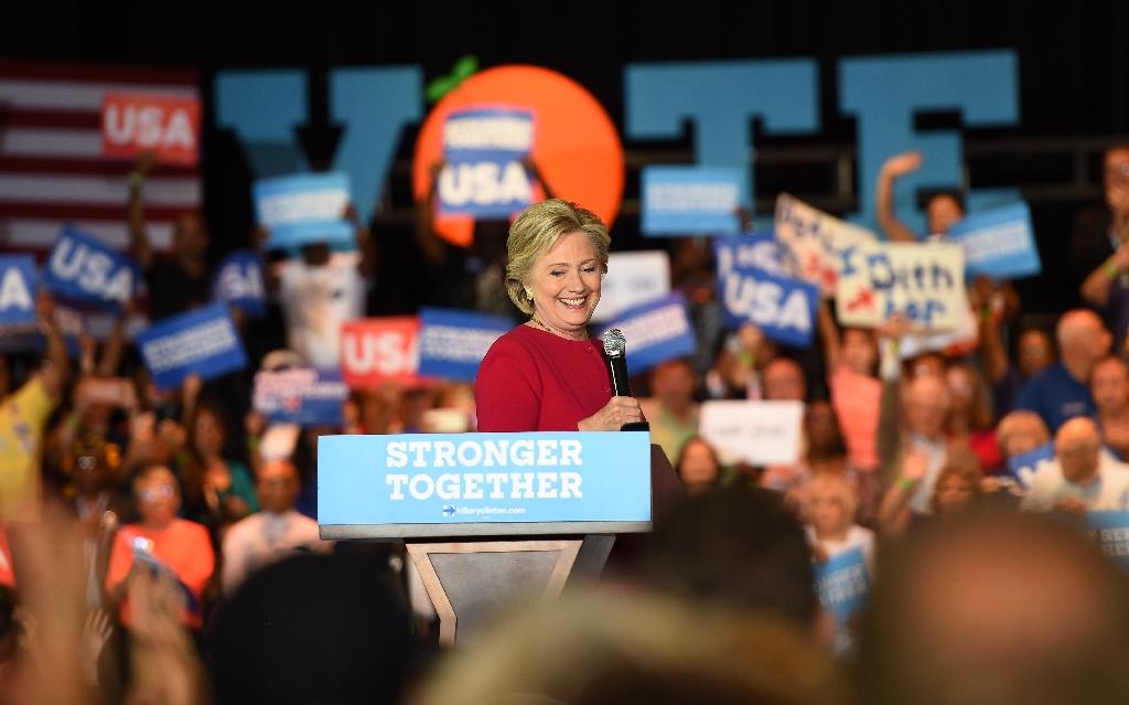 Trump rips Obamacare, Clinton as rivals blitz Florida