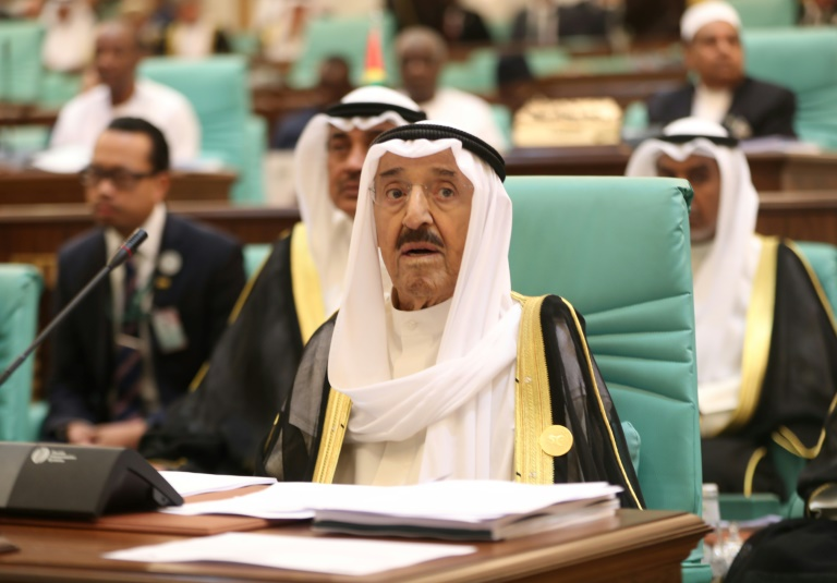 Kuwait says emir recovered from setback